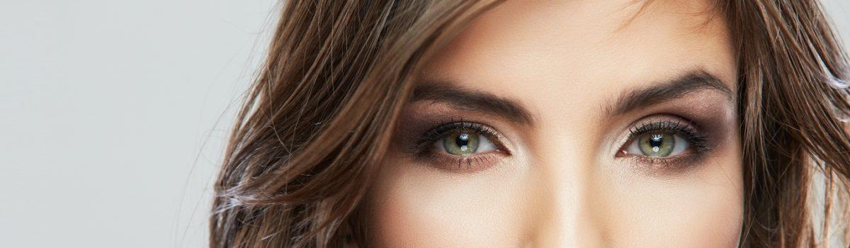 Gładkie powieki – sposób na perfekcyjny wygląd